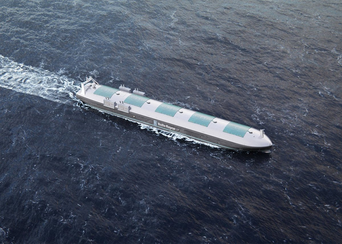 Autonomous Container Ship: Reducing costs and increasing safety